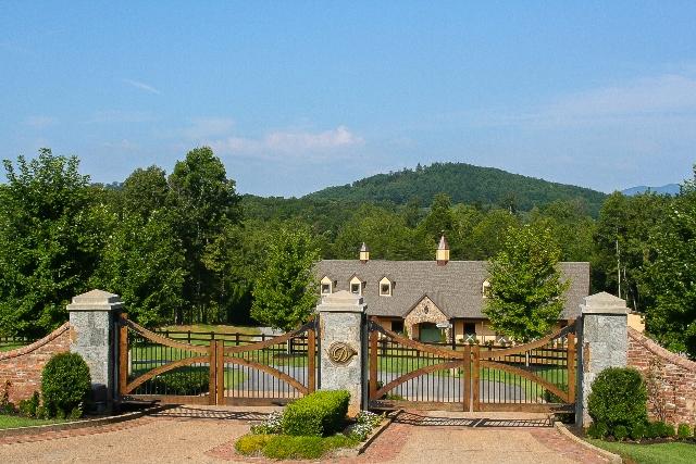 Photos Derbyshire Gated Community In North Carolina